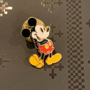 Vintage Classic Mickey Mouse 1990's Gold Pin